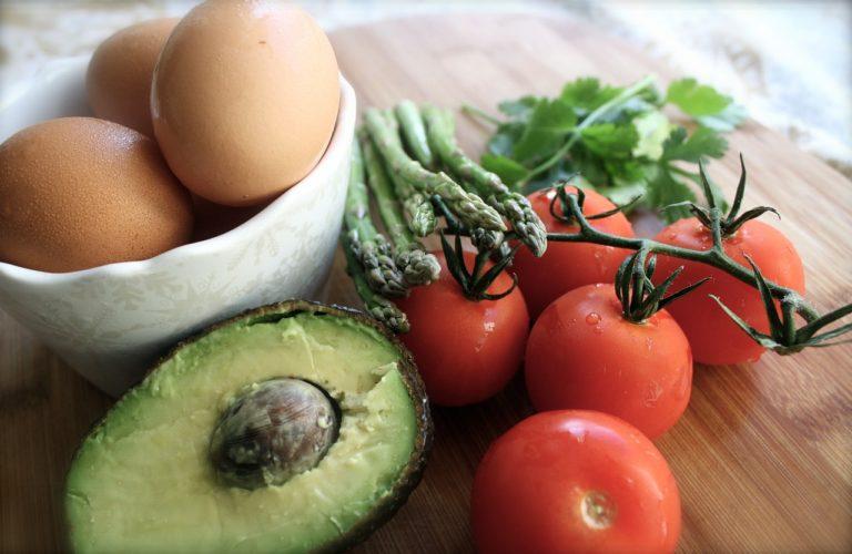 Cała prawda o śniadaniach białkowo-tłuszczowych (BT)
