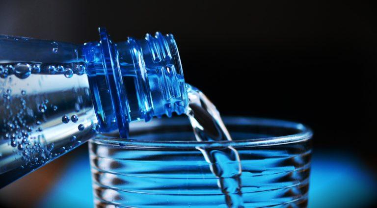Wszystko o wodzie. Jaką pić?